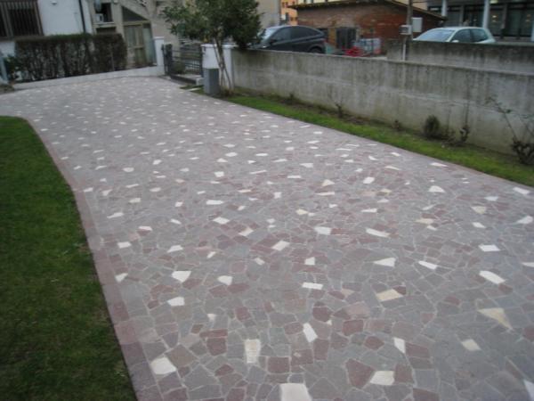 Pavimentazione per esterni studioenne ristrutturazioni - Vialetti giardino in porfido ...